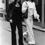 moda-anni-60-pantaloni-a-zampa-delefante-150x150